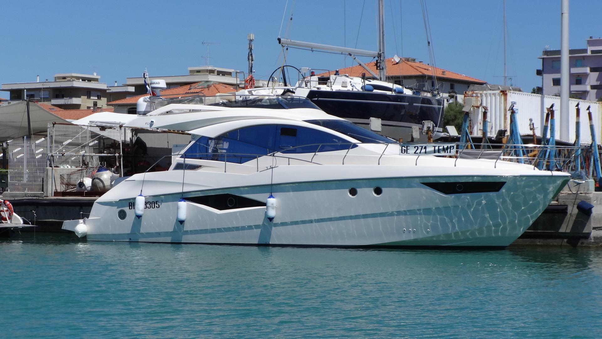 Queens yacht 50 fly, toscana